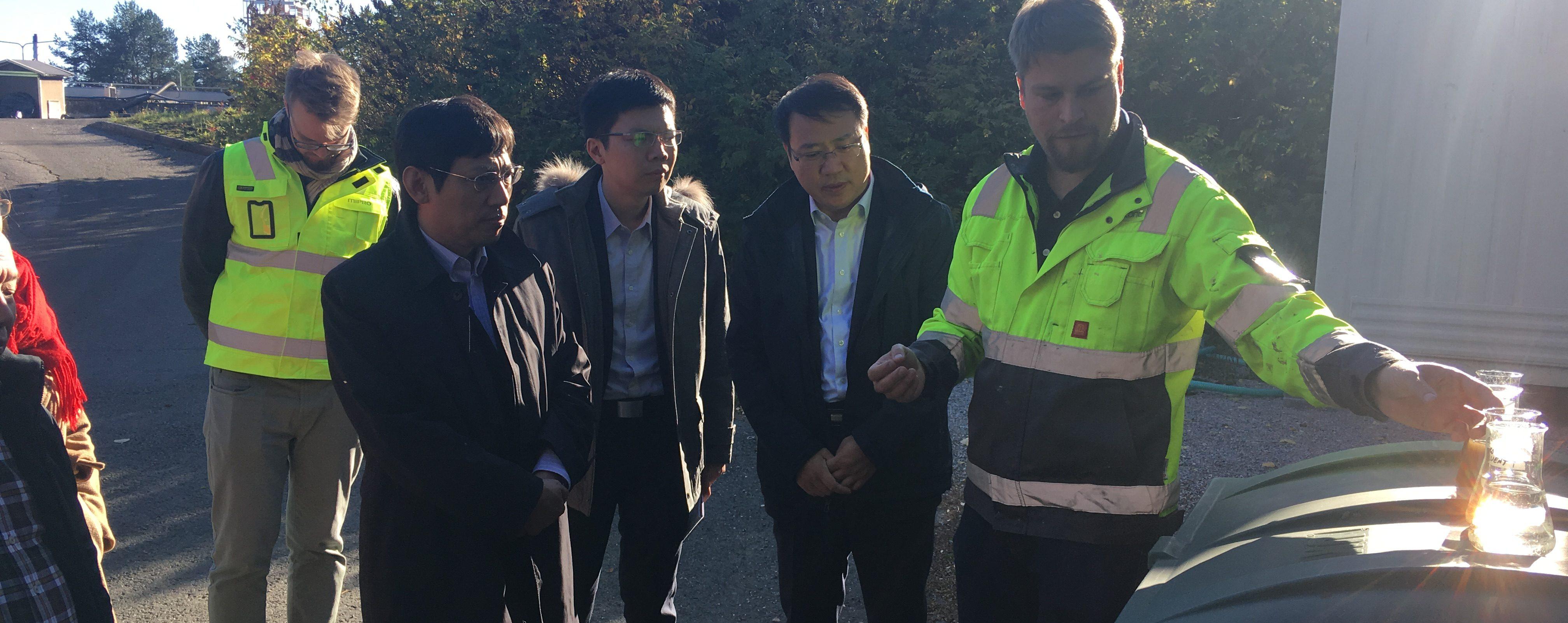 Kiinan vesivaraministeriö vieraili Aquazonen pilot-laitoksella
